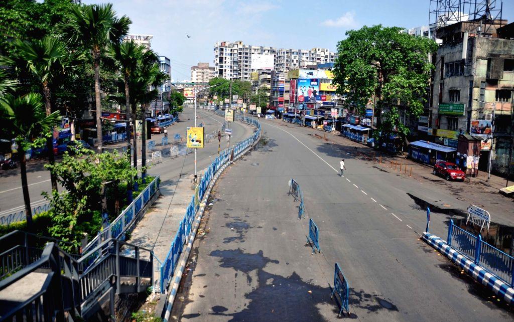 Kolkata's Bidhan Nagar area bears a deserted look in view of the nationwide shutdown - Janata Curfew - announced by Prime Minister Narendra Modi as a precautionary measure to contain the spread of deadly COVID-19 (coronavirus), on March 22, 2020. (Ph - Narendra Modi