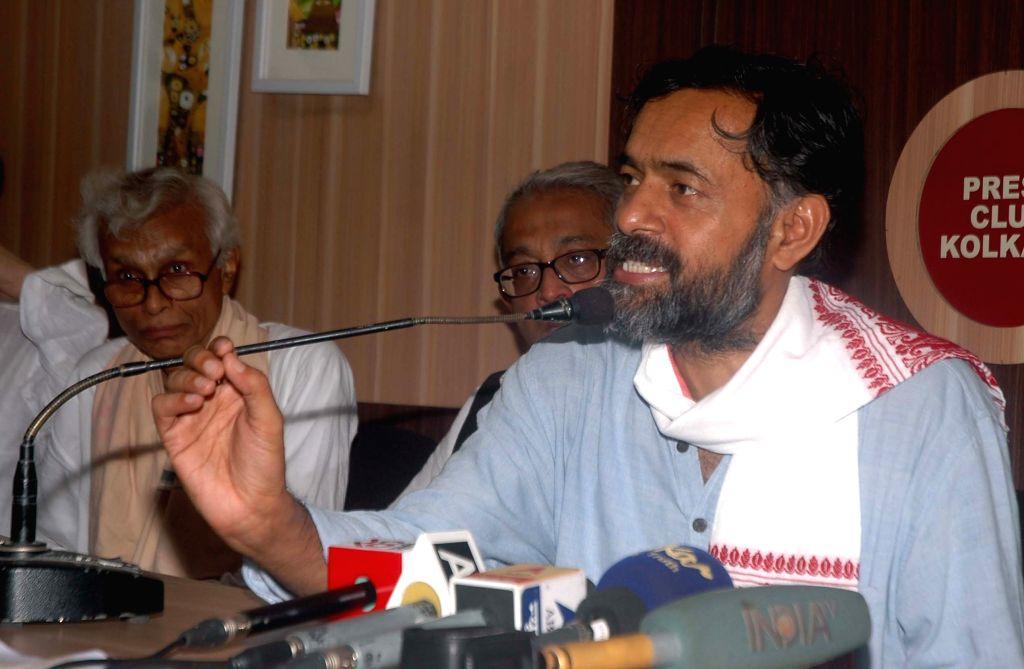Social scientist and Swaraj Abhiyan leader Yogendra Yadav addresses a press conference in Kolkata, on May 3, 2015.