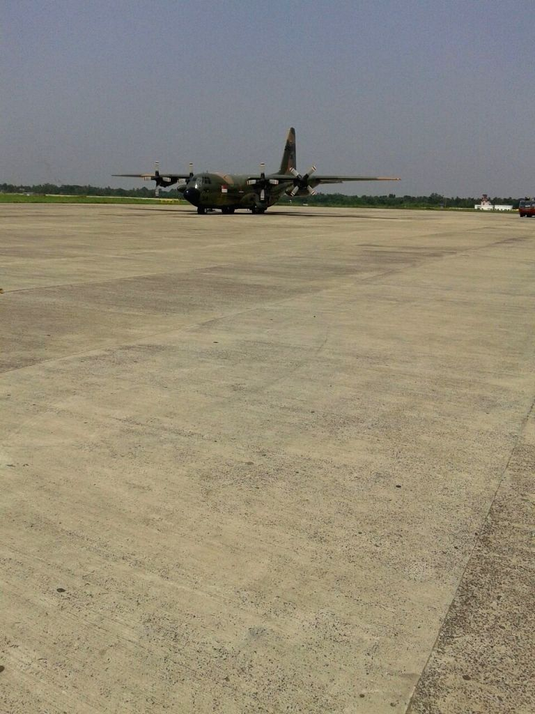 The Singapore Air Force aircraft that was forced to make an emergency landing at Kolkata airport following fuel leakage on May 5, 2015.