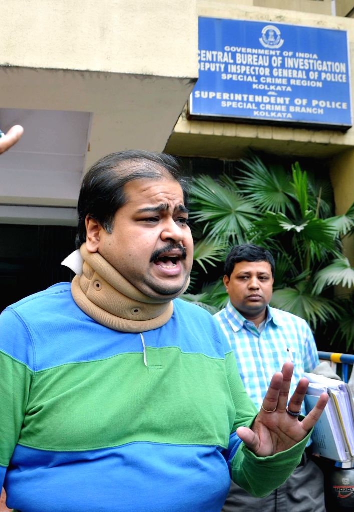 Trinamool Congress MP Srinjoy Bose arrives to appear before the CBI in connection with multi-crore-rupee Saradha chit fund scam in Kolkata, on Feb 14, 2015.