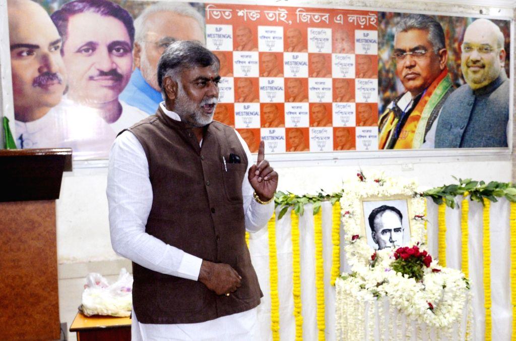 Kolkata: Union Minister Prahlad Singh Patel addresses after paying tributes to Ishwar Chandra Vidyasagar on his birth anniversary, in Kolkata on Sep 26, 2019. (Photo: Kuntal Chakrabarty/IANS) - Prahlad Singh Patel