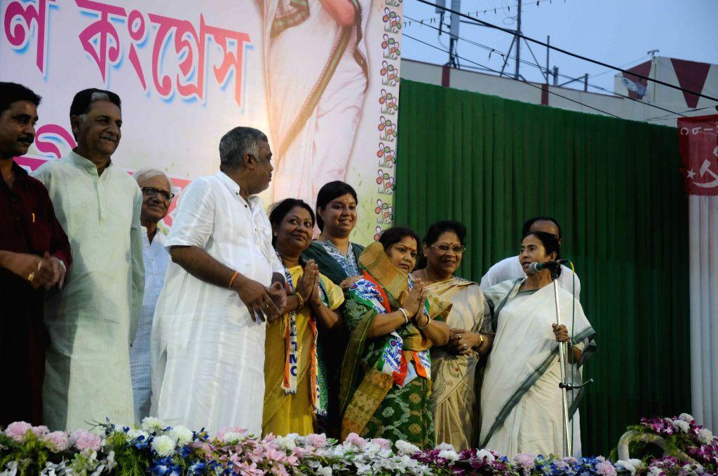 West Bengal Chief Minister and Trinamool Congress supremo Mamata Banerjee at a public meeting ahead of Kolkata Municipal Corporation Polls in Kolkata, on April 13, 2015.