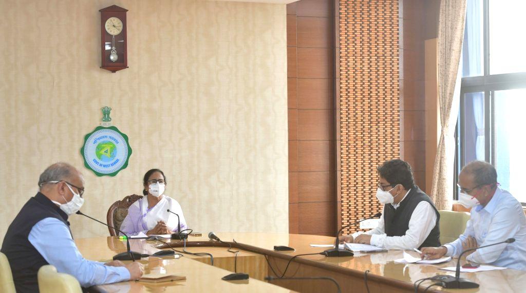 Kolkata: West Bengal Chief Minister Mamata Banerjee at a Press Conference increasing numbers of COVID 19 cases at Nabanna in Howrah on May 6, 2021. (Photo: IANS) - Mamata Banerjee