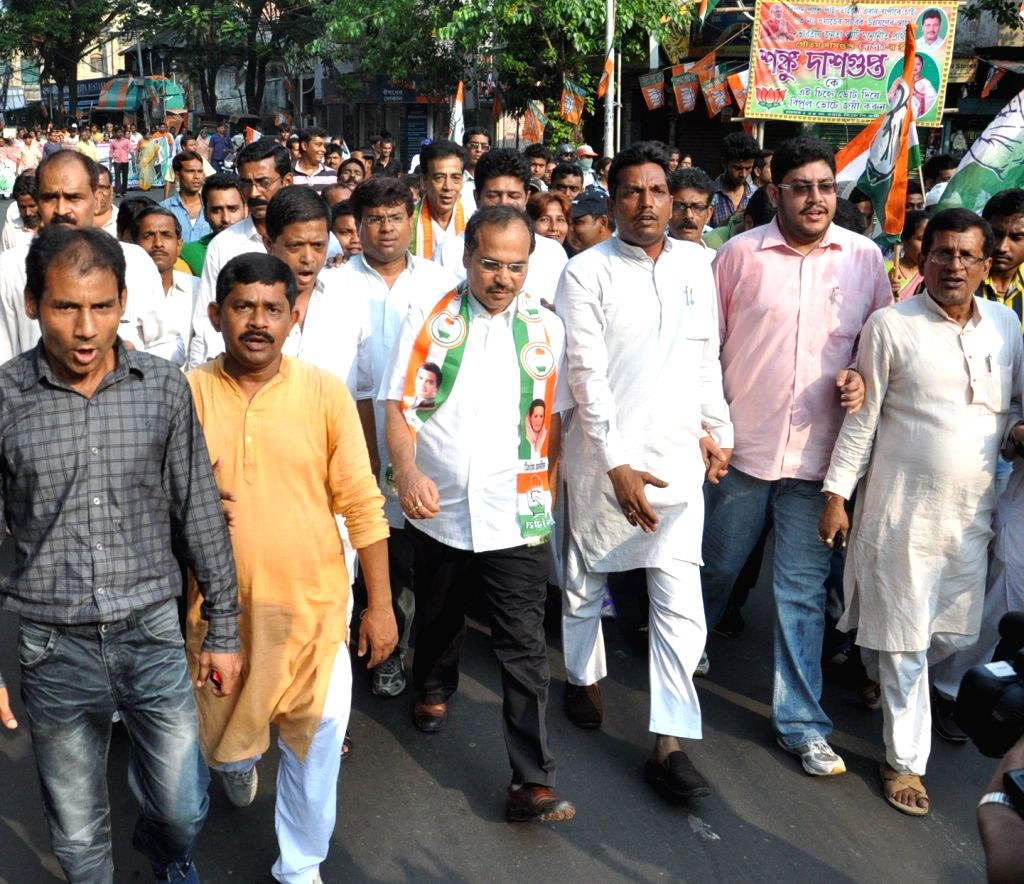 West Bengal Congress chief Adhir Ranjan Chowdhury campaigns for the party ahead of Kolkata Municipal Polls in Kolkata, on March 31, 2015.
