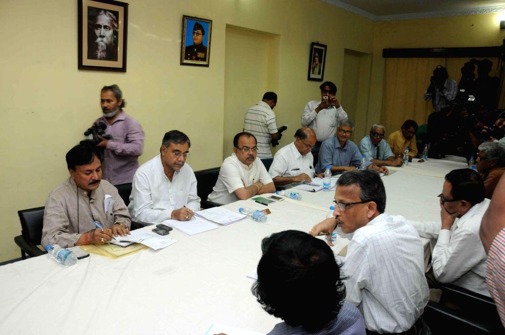 West Bengal Election commissioner Susanta Ranjan Upadhyay during an all party meeting ahead of forthcoming civic polls in Kolkata, on March 15, 2015. - Susanta Ranjan Upadhyay