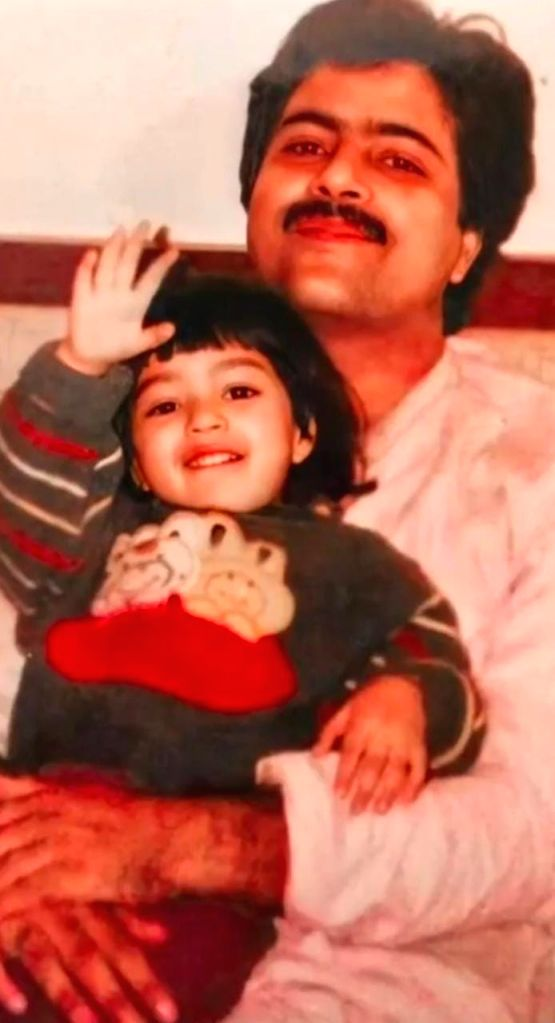 Kriti Sanon will always be Daddys little girl.