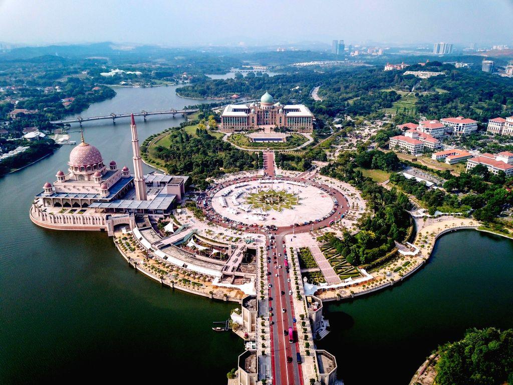 KUALA LUMPUR, April 6, 2018 - Photo taken on April 5, 2018 shows the Prime Minister's Department Complex (C) in Putrajaya, Malaysia. Malaysian Prime Minister Najib Razak said on April 6 that the ... - Najib Razak