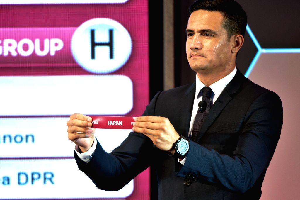 KUALA LUMPUR, July 17, 2019 - Tim Cahill from Australia presents the draw slip during the drawing ceremony for the second round of FIFA World Cup Qatar 2022 Asian qualifiers in Kuala Lumpur, ...