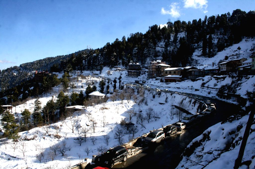 Kufri, a hill station in Shimla district of Himachal Pradesh, receives heavy snowfall on Jan 15, 2015.