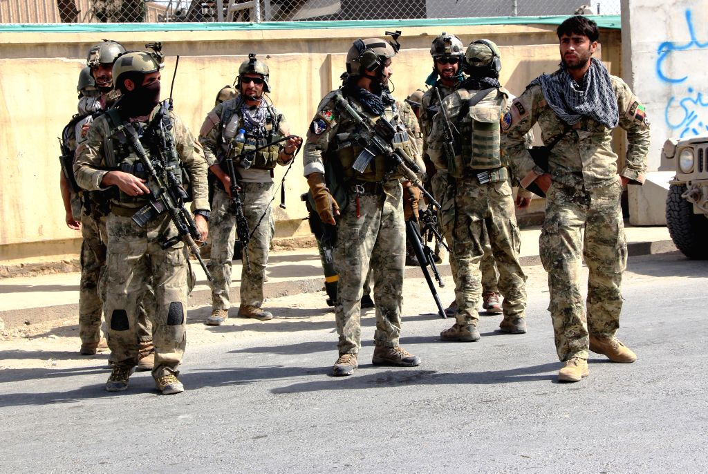 KUNDUZ, Oct. 4, 2016 - Afghan security force members take part in a military operation against Taliban militants in northern Kunduz city, Afghanistan, Oct. 4, 2016. Afghan government forces in ...