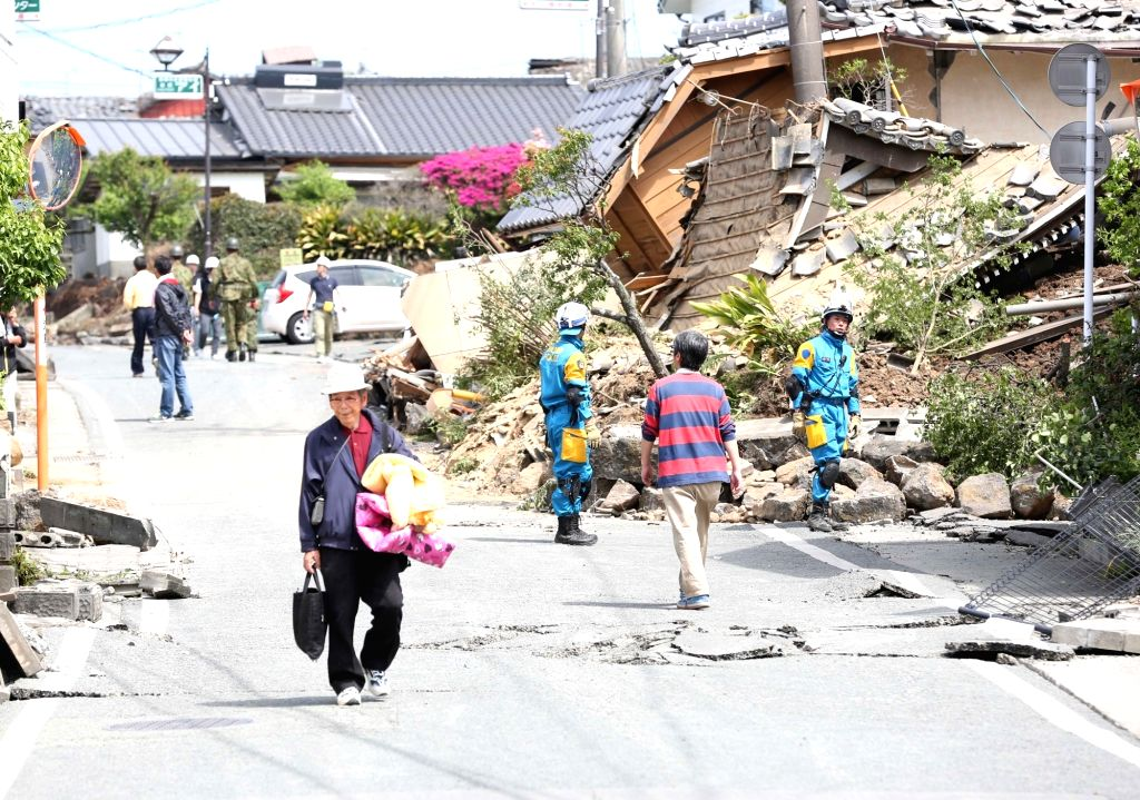 Kyushu (Japan): This is the scene after the earthquake in Japan, Kumamoto Prefecture mashiki. According to Japanese media reports, at least 15 people were killed and 760 injured as a powerful ...