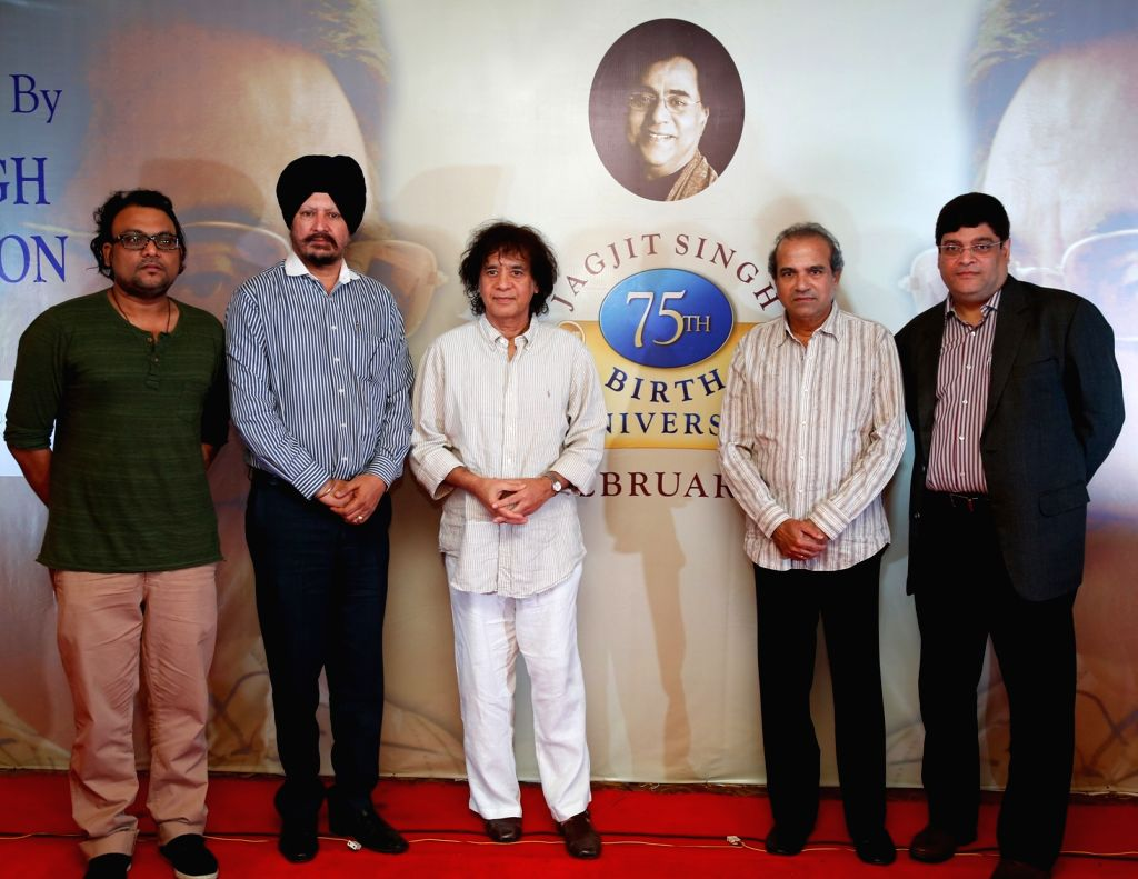 (L-R) Deepak Pandit, Jasbir Singh, Ustad Zakir Hussain, Pt. Suresh Wadkar and Abhinav Upadhyay during a press conference to announce music festival to celebrate ghazal maestro Jagit Singh`s ... - Jasbir Singh and Abhinav Upadhyay