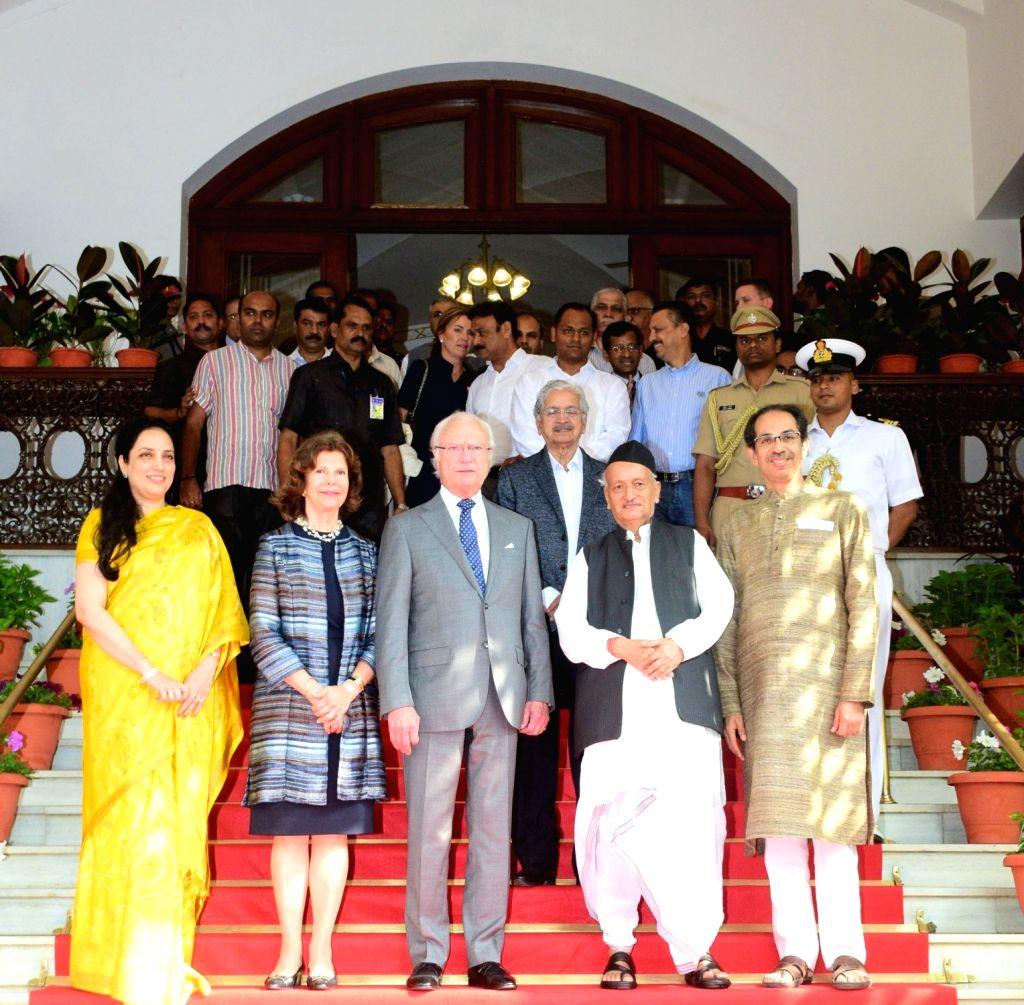 (L-R) Maharashtra Chief Minister Uddhav Thackeray's wife Rashmi Thackeray, Queen Silvia and King Carl XVI Gustaf of Sweden, Maharashtra Governor BS Koshyari and Chief Minister Uddhav ... - Uddhav Thackera