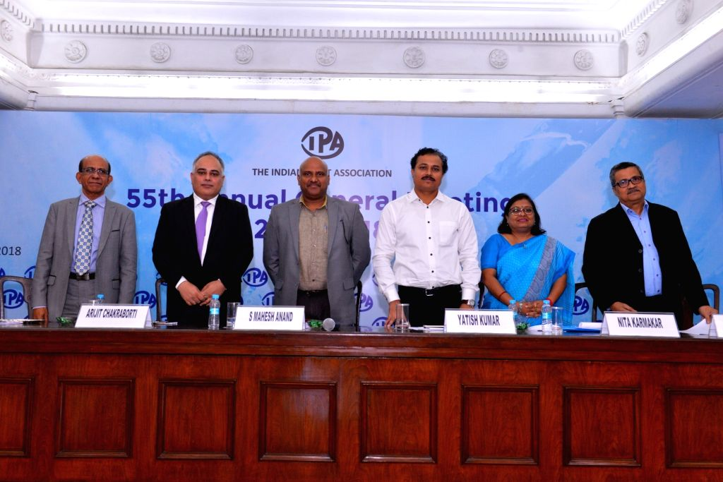 (L-R) Paints and Coatings Skill Council Indian Paints Association (IPA) CEO and Past President V S Ram, PwC Consulting Partner Arijit Chakraborti, Indian Paint and Coating Association Vice ... - Yatish Kumar