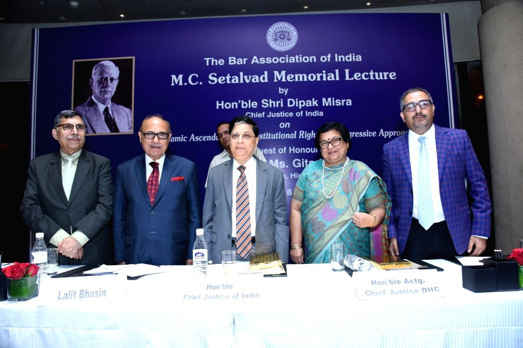 (L to R) Bar Association of India General Secretary Yakesh Anand, President Dr. Lalit Bhasin, Chief Justice of India Deepak Mishra, Delhi High Court Acting Chief Justice Gita Mittal and ... - Deepak Mishra and Prashant Kumar
