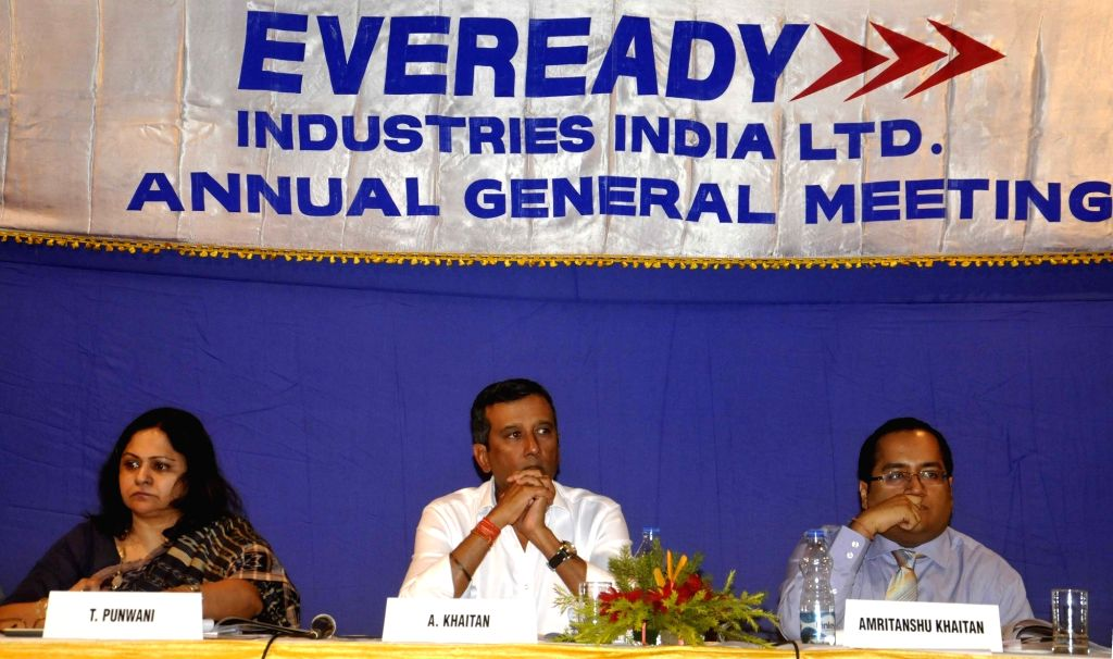 (L to R) Eveready Vice Chairman Aditya Khaitan and MD Amritanshu Khaitan during Annual General Meeting in Kolkata on July 25, 2016.