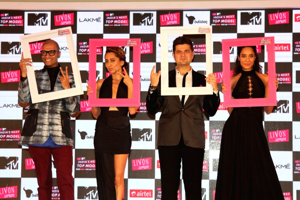 (L to R) Grooming expert Neeraj Gaba, actress Anusha Dandekar, Fashion photographer Dabboo Ratnani and actress Lisa Haydon during the launch of MTVs show Next Top Model Season 2 in Mumbai, on ... - Anusha Dandekar