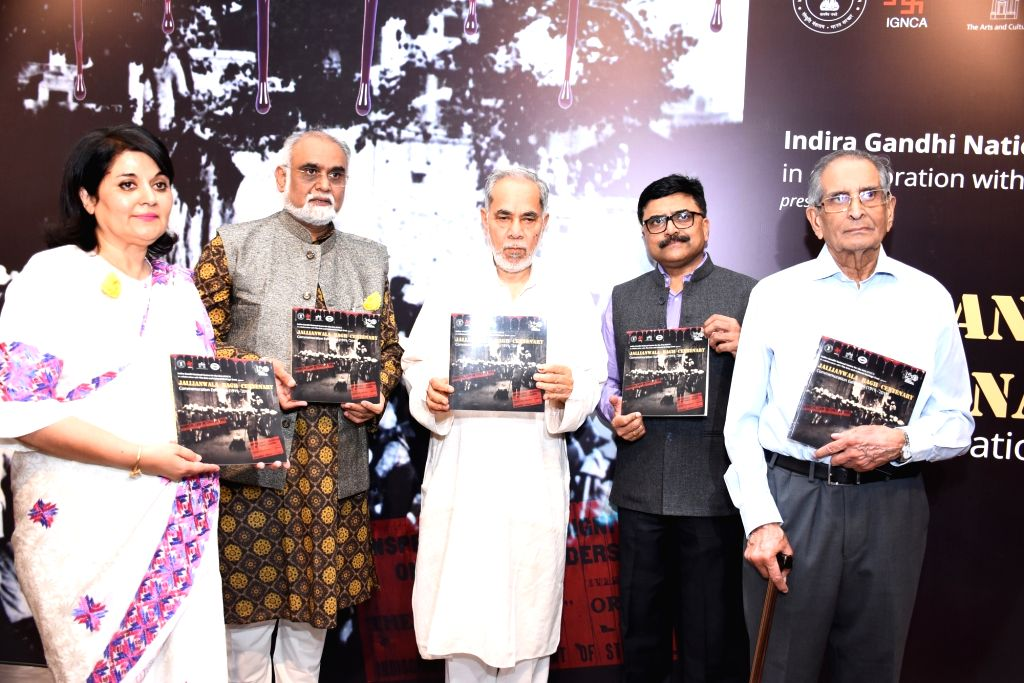 (L to R) Lady Kishwar Desai, Dr. Sachchidanand Joshi, Col Bogra, Ram Bahadur Rai and P V Ramesh. (Source: TAACHT/IGNCA) - Kishwar Desai, Sachchidanand Joshi and Bahadur Rai