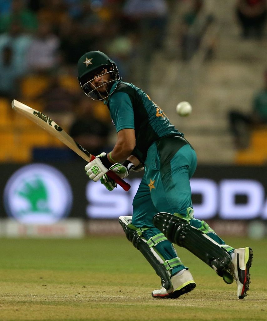Lahore, April 22 (IANS) Pakistan batsman Imam-ul-Haq feels cricket matches, including the T20 World Cup, should be played in front of spectators as the charm isn't quite there if it is held behind closed doors. (File Photo: Surjeet Yadav/IANS) - Imam and Surjeet Yadav
