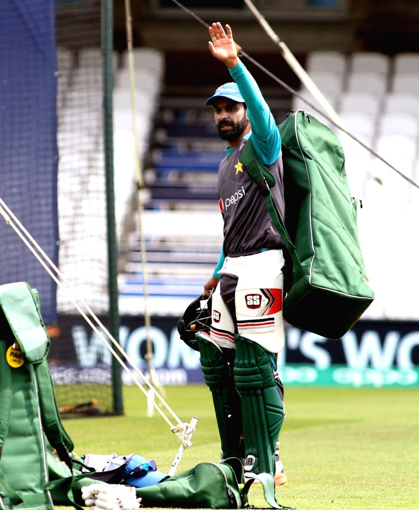 Lahore, May 28 (IANS) Veteran Pakistan all-rounder Mohammad Hafeez has said that left-handed batsmen, including legendary West Indies batter Brian Lara, always had a problem facing him. Hafeez picked 139 wickets in his ODI career and 53 in Tests and  - Surjeet Yadav