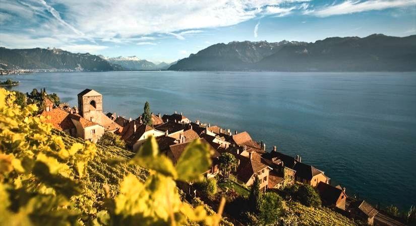 Lake Geneva Region.