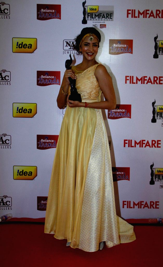 Lakshmi Manchu received Best Actor in a Supporting Role (Female) (Telugu) Award at the `61st Idea Filmfare South Awards 2013` held in Chennai at Nehru Stadium.