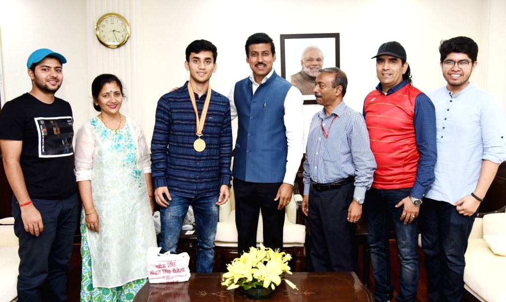 Lakshya Sen, winner of Badminton Asian Junior Championships 2018 calls on Union MoS Youth Affairs and Sports Rajyavardhan Singh Rathore, in New Delhi on July 30, 2018. - Rajyavardhan Singh Rathore