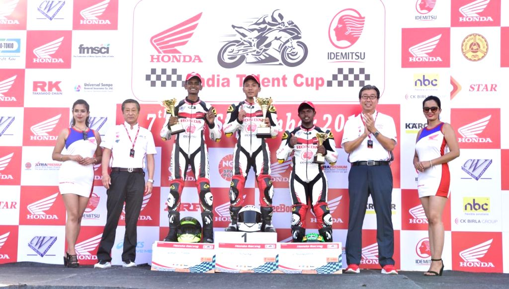 Lal Nunsanga(1st), Samuel Martin(2nd) and S.Rajdaswanth (3rd) complete the podium in IDEMITSU Honda India Talent Cup CBR150R category