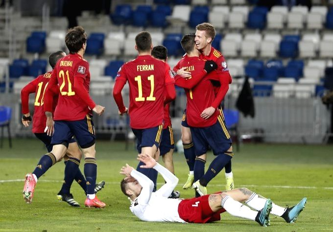 Late goal rewards poor Spanish performance in Georgia. (Credit: Spain football twitter)