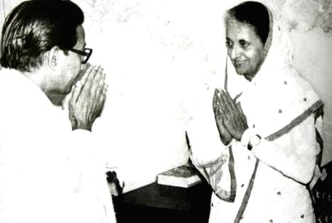 Late Shiv Sena founder Bal Thackeray with Late Prime Minister Indira Gandhi. (File Photo: IANS) - Indira Gandhi