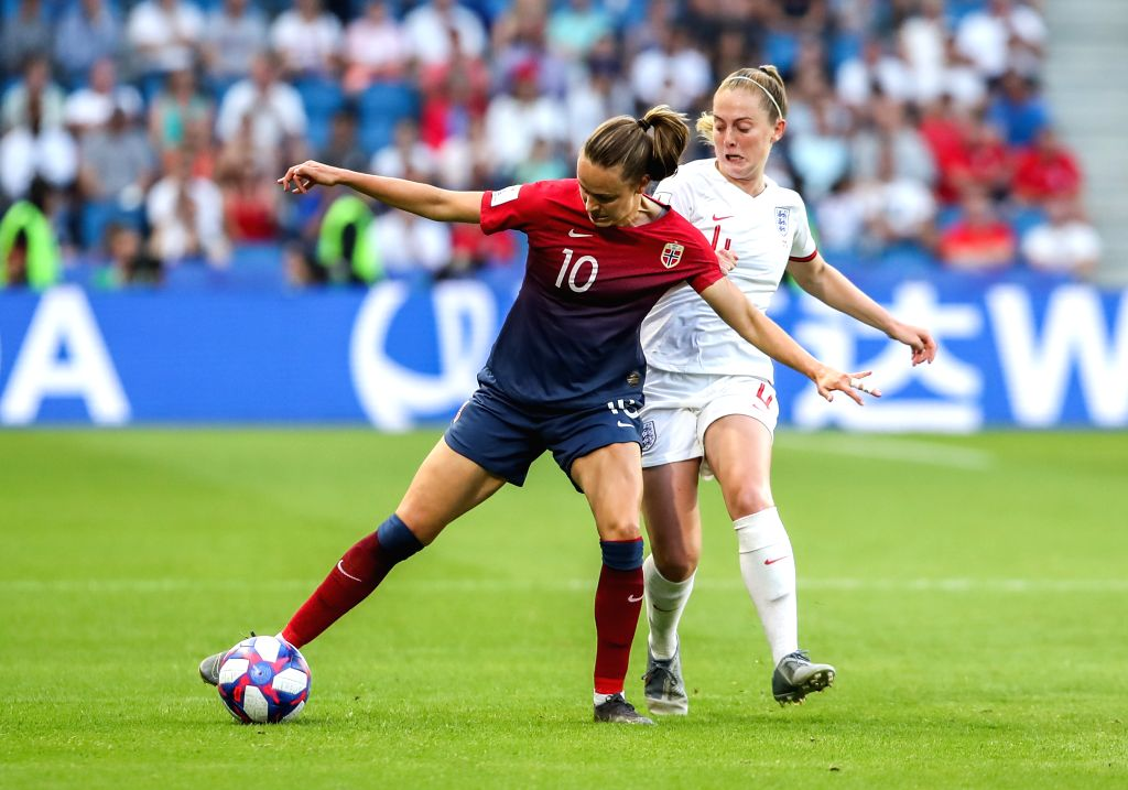 LE HAVRE (FRANCE), June 28, 2019 (Xinhua) -- Caroline Graham Hansen (L) of Norway vies with Keira Walsh of England during the quarterfinal between England and Norway at the 2019 FIFA Women's World Cup in Le Havre, France, on June 27, 2019. England wo