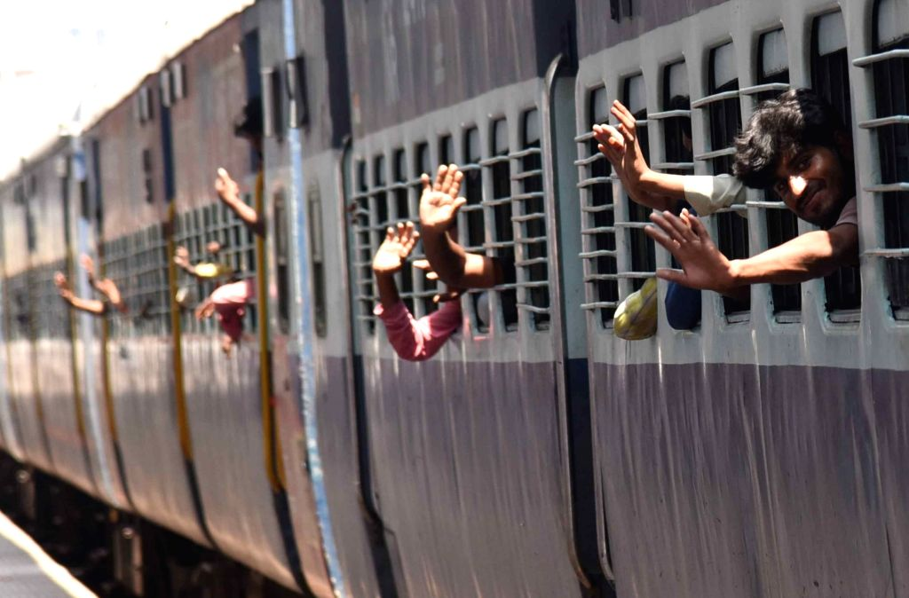 Learning its lessons well after passengers did not turn up at railway stations in certain states and resultant cancellation of Shramik Special trains, the Railways on Saturday asked states to ensure proper planning before requestioning trains. (Photo
