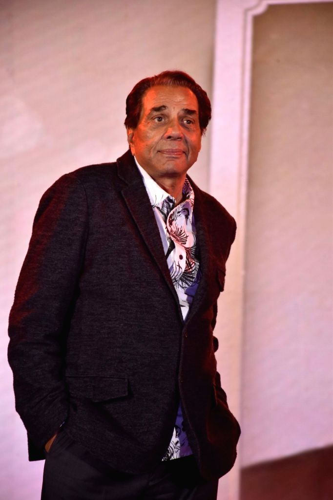 Legendary actor Dharmendra at the 38th annual day celebrations of Children Welfare Centre High School in Mumbai, on March 3, 2019. - Dharmendra