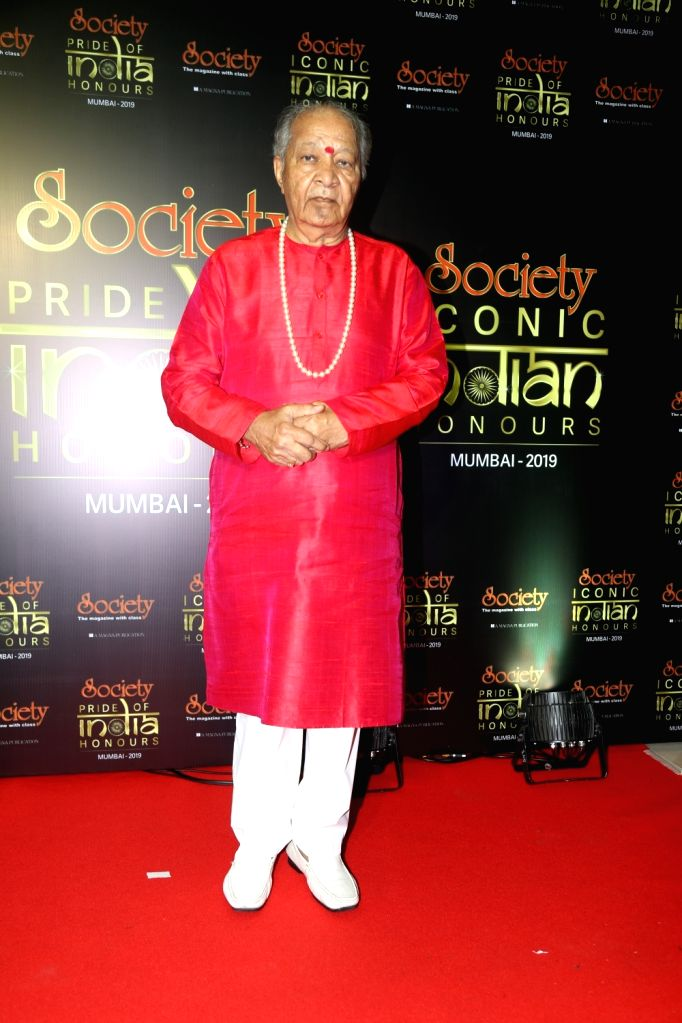 Legendary flutist Hariprasad Chaurasia during Society Awards at Taj Santacruz in Mumbai on Nov 16, 2019.