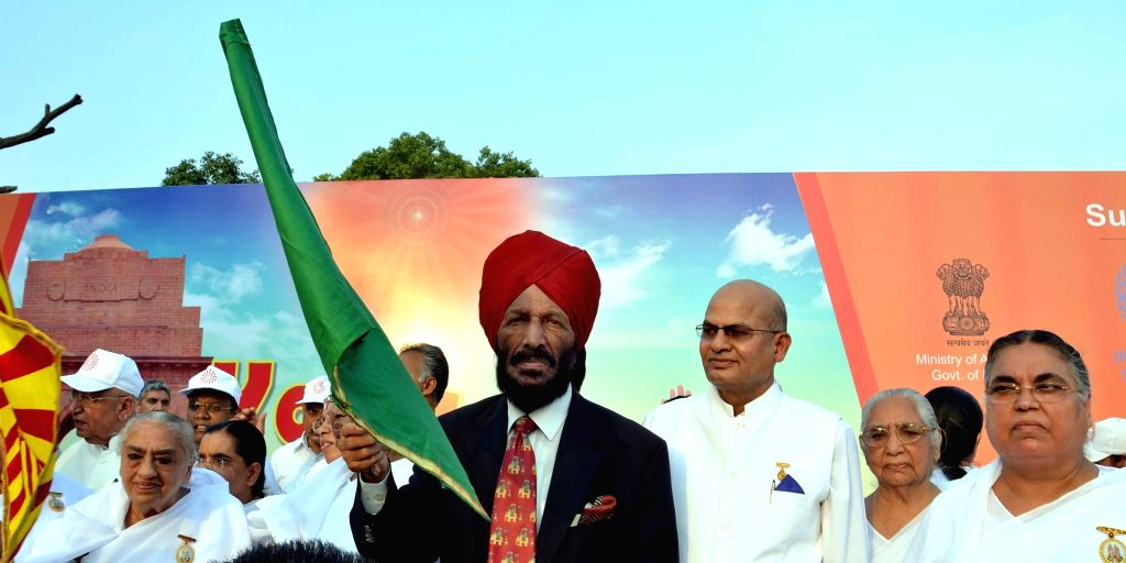 "Legendary runner Milkha Singh flag off the ""Yoga Run for Peace & Unity""  - a mini-marathon at India Gate to Rajpath in New Delhi on June 18, 2016. - Milkha Singh"