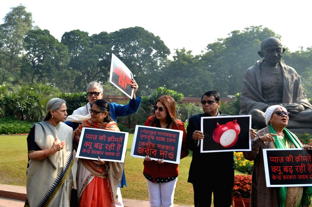 Legislators of opposition parties led by TMC MP Derek O'Brien and Samajwadi Party MP Jaya Bachchan, stage a demonstration against the rising prices of onion across the country, at ... - Jaya Bachchan