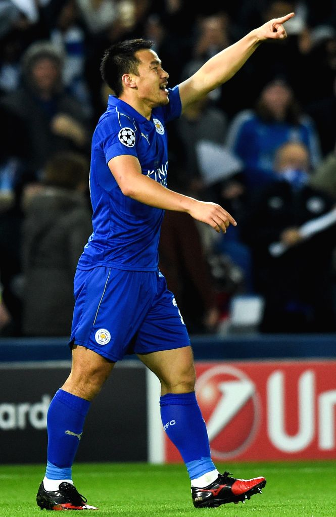 LEICESTER, Nov. 23, 2016 (Xinhua) -- Shinji Okazaki of Leicester City celebrates scoring  during the UEFA Champions League Group G  Match between Leicester City and Club Brugge at the King Power Stadium in Leicester, Britain on Nov. 22, 2016. Leicest