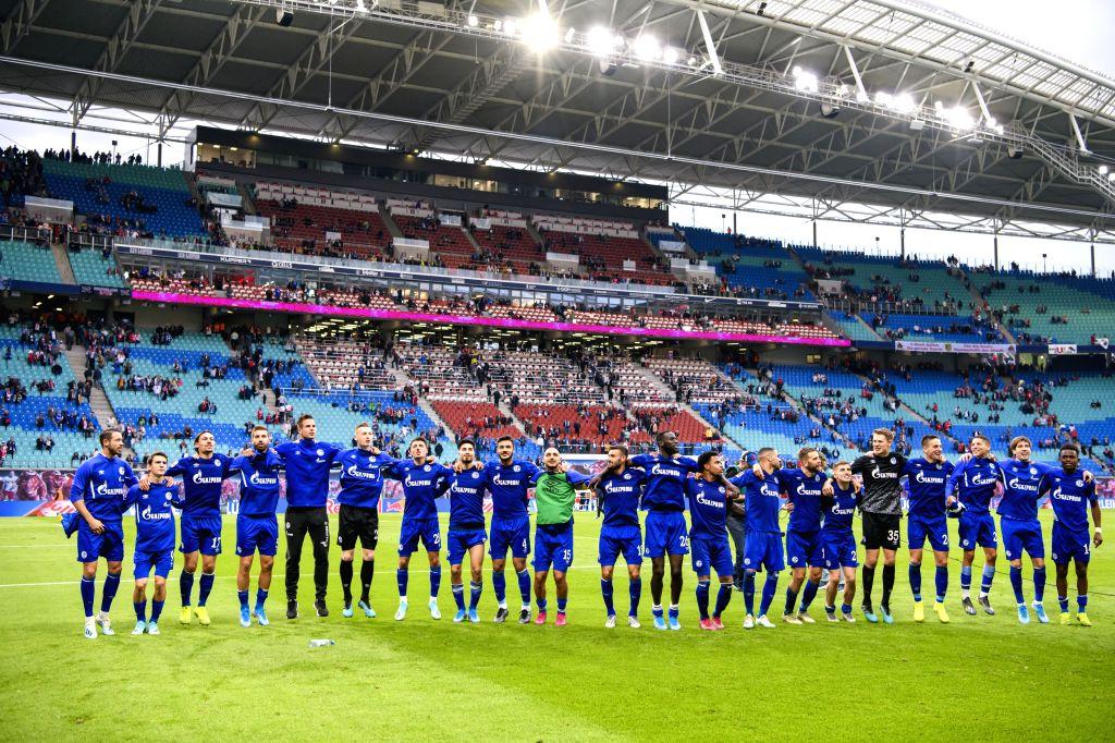 LEIPZIG, Sept. 29, 2019 - Players of FC Schalke 04 celebrate after winning the Bundesliga soccer match between RB Leipzig and FC Schalke 04 in Leipzig , Germany, on Sept. 28, 2019.