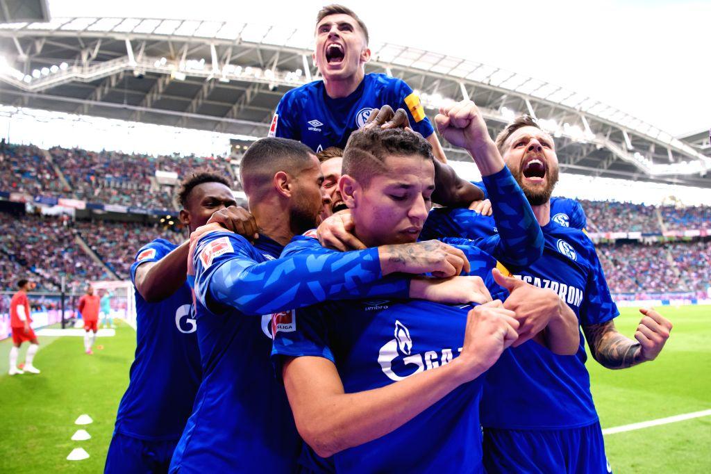 LEIPZIG, Sept. 29, 2019 - Players of FC Schalke 04 celebrate after scoring during the Bundesliga soccer match between RB Leipzig and FC Schalke 04 in Leipzig , Germany, on Sept. 28, 2019.