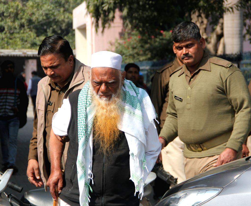 LeT bomb expert Abdul Karim Tunda being taken to hospital in Ghaziabad on Feb 2, 2018.