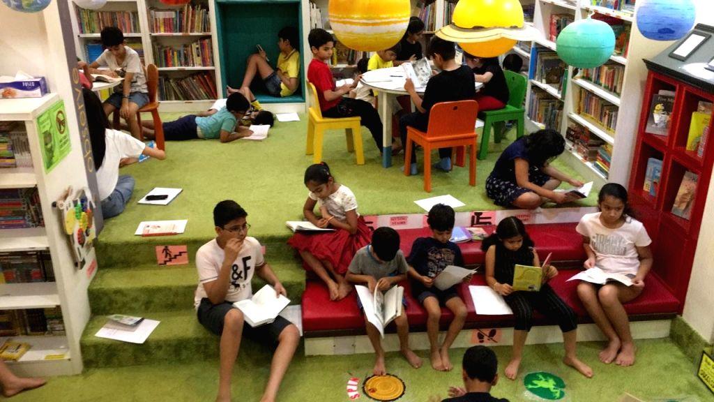 Library in Vasant Vihar.