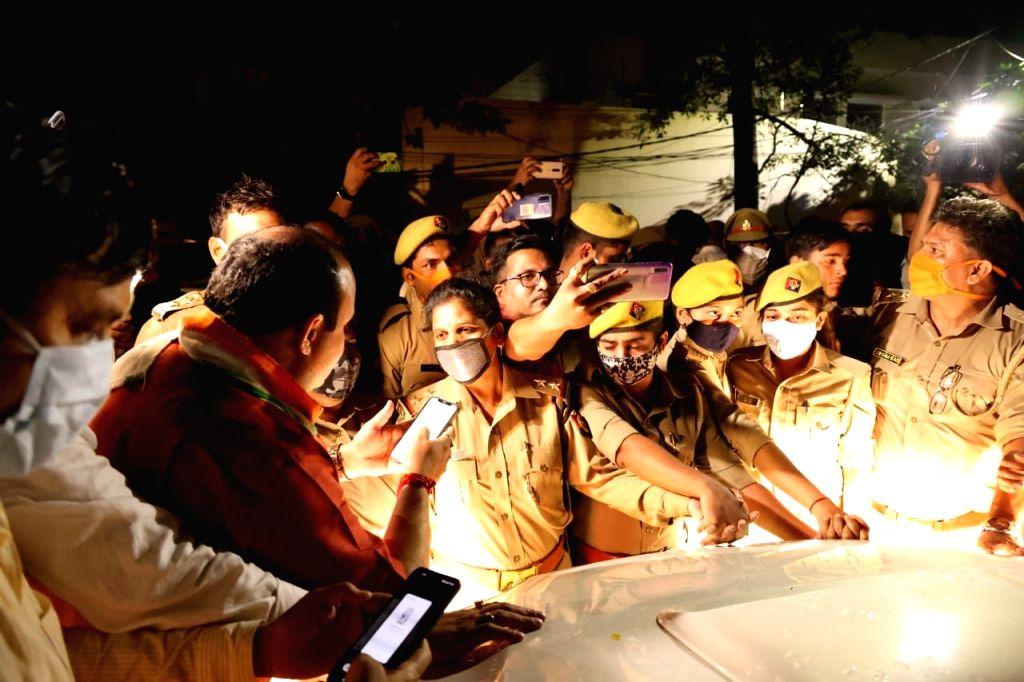 Life at standstill around Lakhimpur Kheri amid heavy police deployment