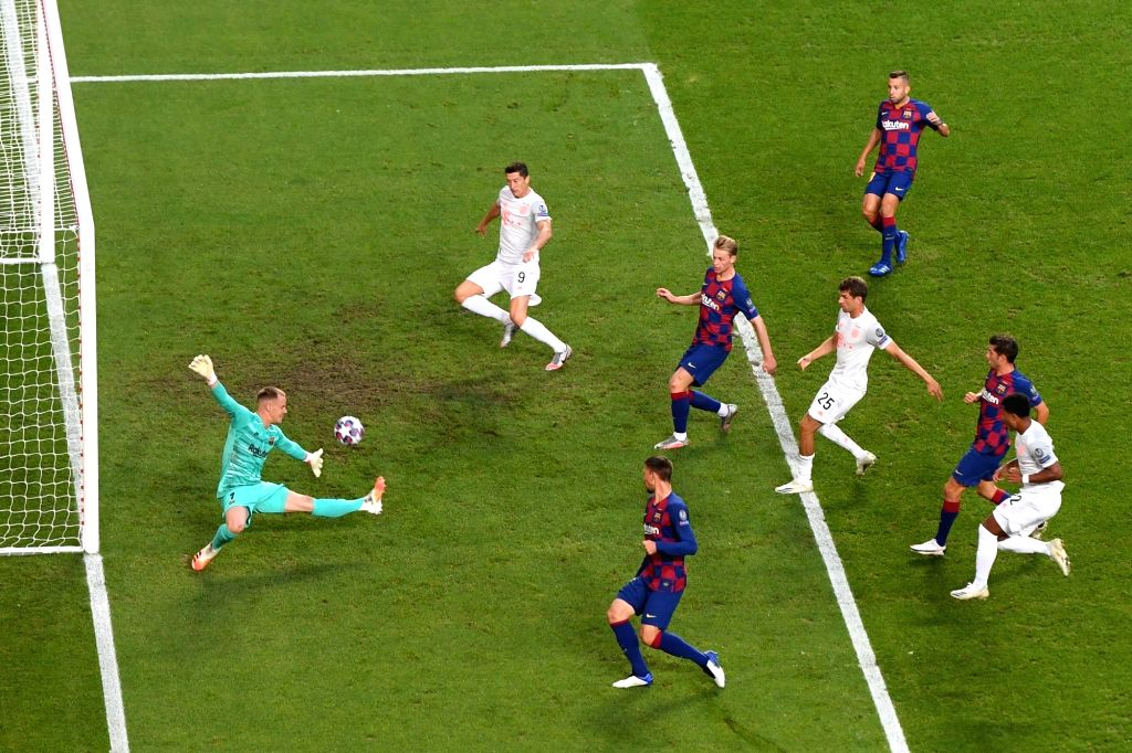 Lisbon, Aug. 15, 2020 (Xinhua) -- Marc-Andre ter Stegen (1st L) of Barcelona fails to save the ball during the 2019-2020 UEFA Champions League quarterfinal match between Bayern Munich and Barcelona in Lisbon, Portugal, Aug. 14, 2020. (UEFA/Handout vi