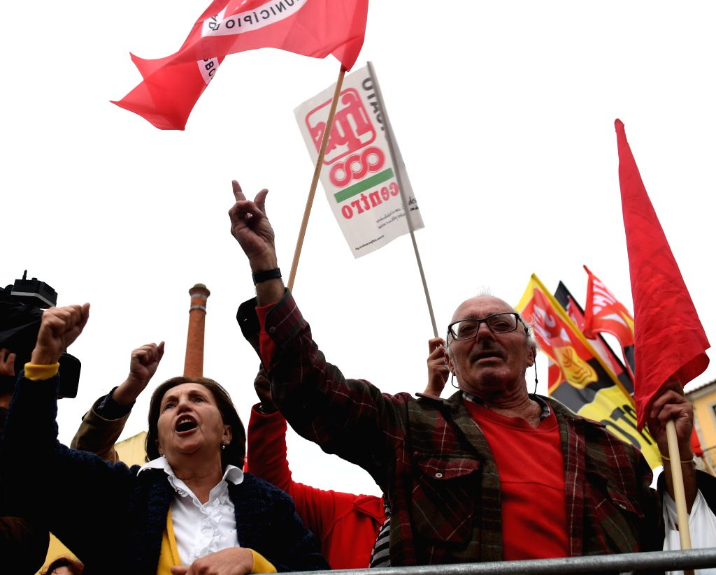 LISBON, Nov. 18, 2016 - Portuguese public servants shout slogans during a protest in Lisbon, capital of Portugal, on Nov. 18, 2016. Hundreds of Portuguese public servants staged a nationwide strike ...