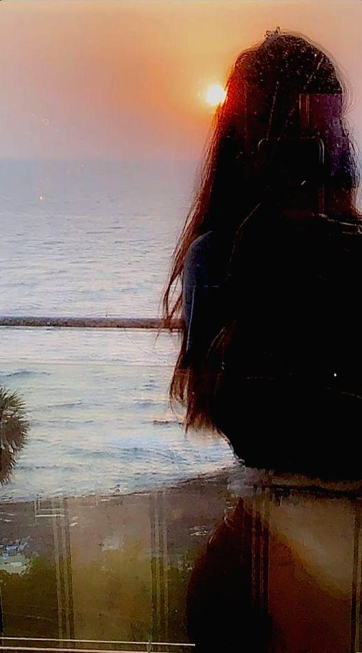 Lockdown diaries: Suhana Khan soaks in the sunset. - Suhana Khan