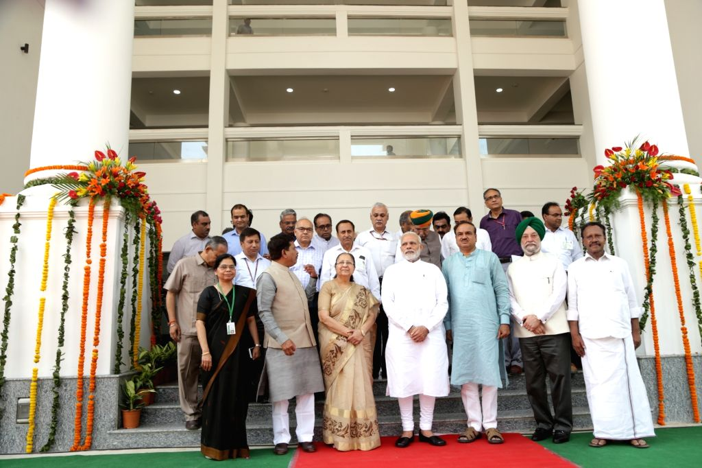 Lok Sabha Speaker Sumitra Mahajan and Prime Minister Narendra Modi with Union Ministers Hardeep Singh Puri, Ananth Kumar,  Arjun Meghwal and others during inauguration of new building of ... - Sumitra Mahajan, Hardeep Singh Puri, Ananth Kumar, Arjun Meghwal and Narendra Modi