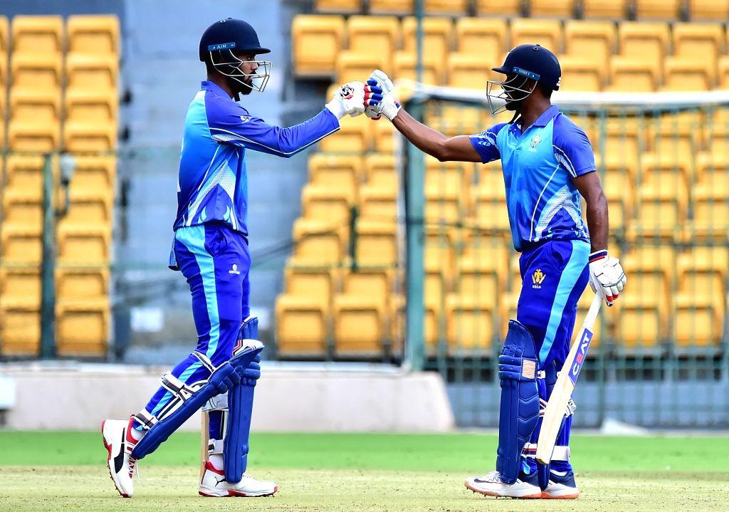 Lokesh Rahul and Mayank Agarwal of Karnataka during the final match of Vijay Hazare Trophy between Karnataka and Tamil Nadu at M. Chinnaswamy Stadium, in Bengaluru on Oct 25, 2019. - Lokesh Rahul