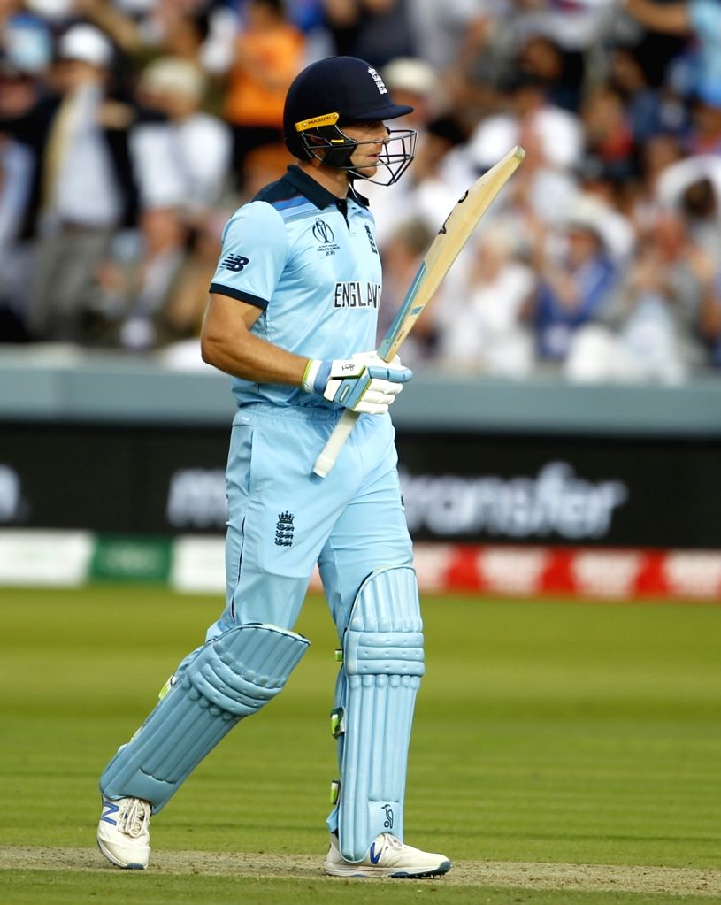 London, April 13 (IANS) South African batting ace AB de Villiers had mistaken Jos Buttler as a New Zealander when the two first had a conversation during the Indian Premier League (IPL), the England wicketkeeper batsman has said.