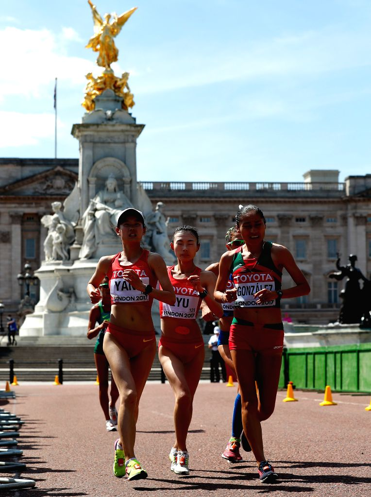 LONDON, Aug. 13, 2017 - Yang Jiayu (front L) and Lyu Xiuzhi (front C) of China competes during Women's 20km Race Walk on Day 10 of the 2017 IAAF World Championships in London, Britain, on Aug. 13, ...