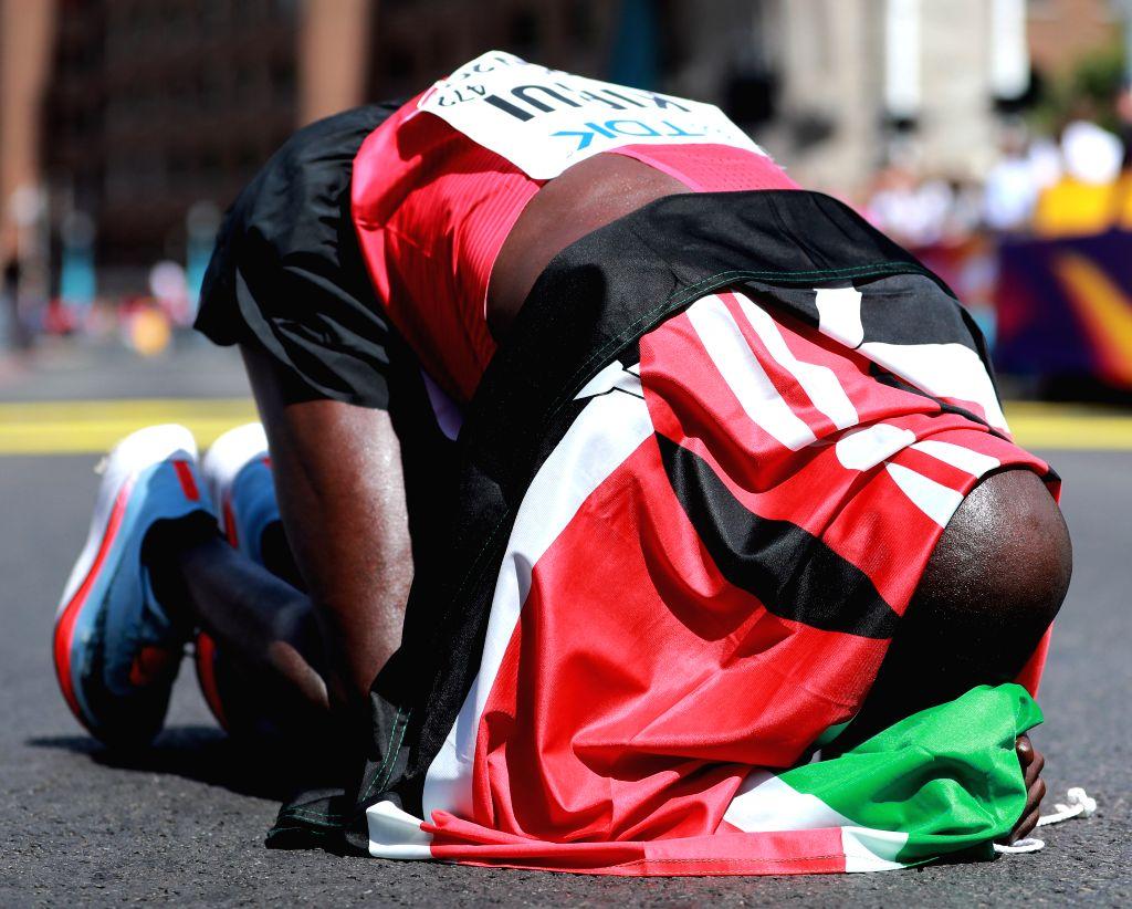 LONDON, Aug. 6, 2017 - Geoffrey Kipkorir Kirui of Kenya celebrates after winning the men's marathon at the IAAF World Championships 2017 in London, Britain on Aug. 6, 2017.
